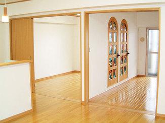内装リフォーム お気に入りのステンドグラスが鑑賞できる空間