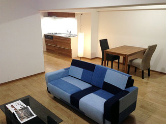 マンションリフォーム アクセントのクロスや家具でおしゃれに見せるマンションフルリフォーム