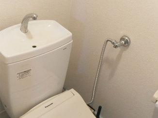 小工事 シンプルで落ち着いた空間にイメージチェンジしたトイレのクロス